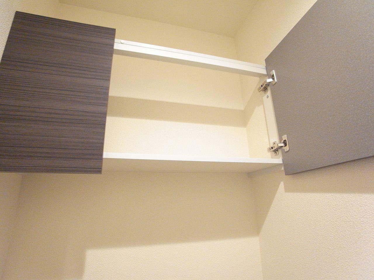 トイレ上部に設置されています
