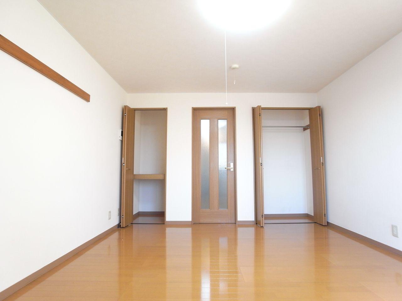 *写真は302号室です